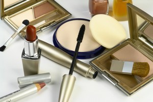 Beware of 10 Damaging Ingredients of Makeup Products