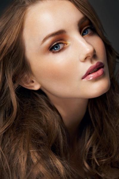 Best anti wrinkle makeup schemes