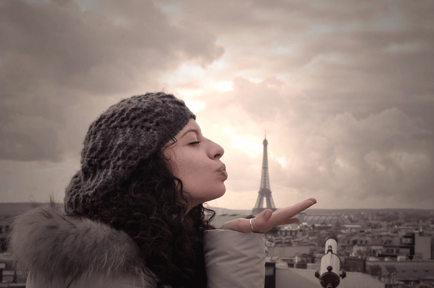 Cute Girl Mind-Bending Photos That Are 100% Real