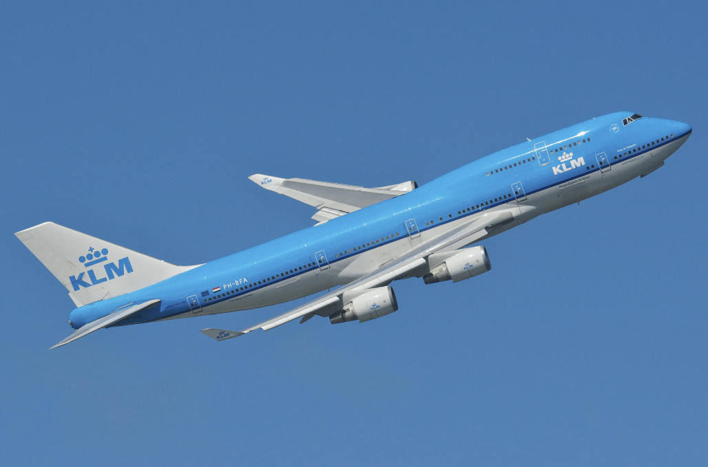 Boeing 747 airliner